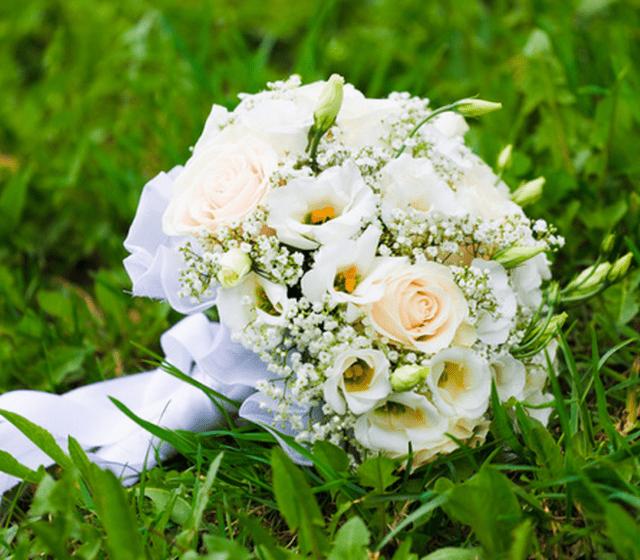 Beispiel: Brautstrauss, Foto: Blumen- und Gartencenter Wolf.