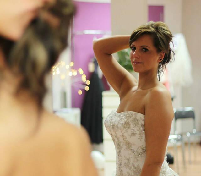 Beispiel: Brautkleid, Foto: Leipziger Chic.