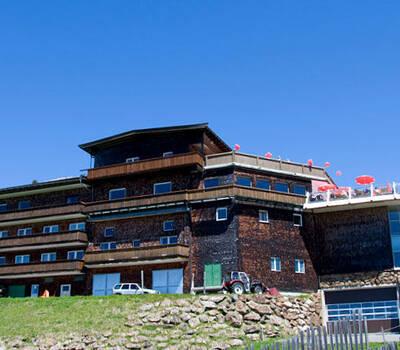 Beispiel: Außenansicht, Foto: Alpenhaus.
