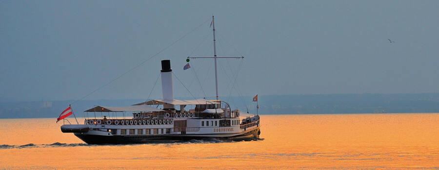 Beispiel: Schiff, Foto: Hohentwiel Schifffahrtsgesellschaft.