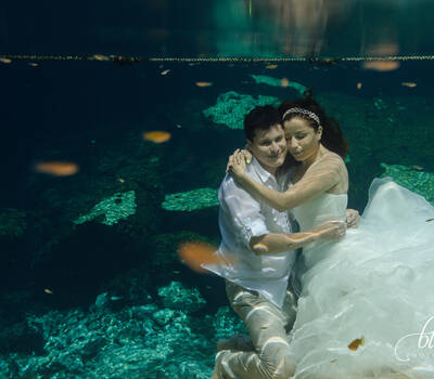 Trash The Dress Underwater. Cenote, Riviera Maya