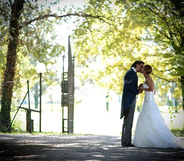 7c1d48fcf7c7 Calliope Weddings - Recensioni