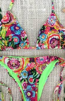 Aquamarela Swimwear