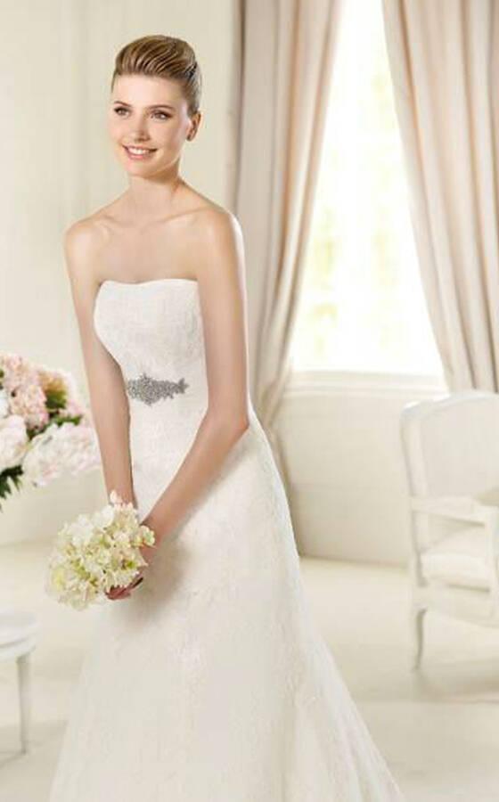 40655256cdc4 Emozioni - Alta moda per la sposa e cerimonia - Recensioni