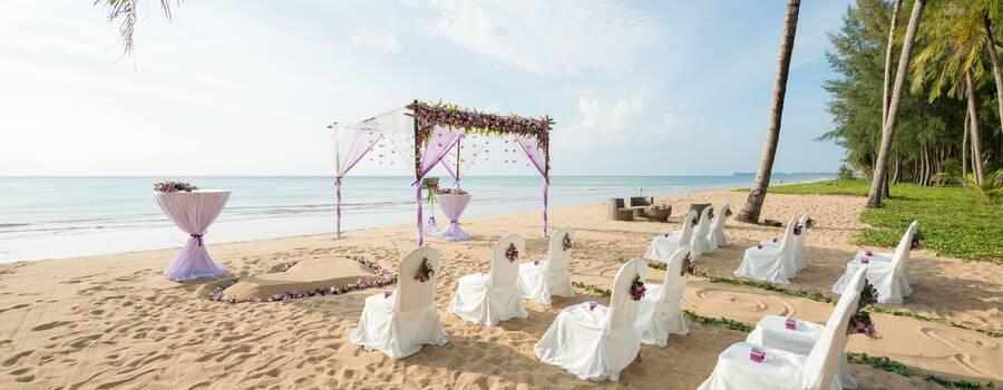 Strandhochzeit in Khao Lak - Heiraten in Thailand