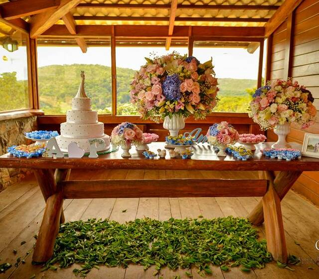 Rosa Magalhães Flores e Festas