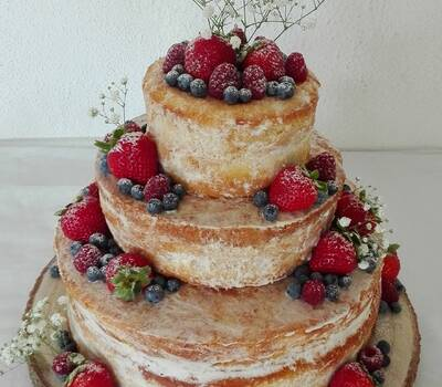 Naked cake & Red fruits