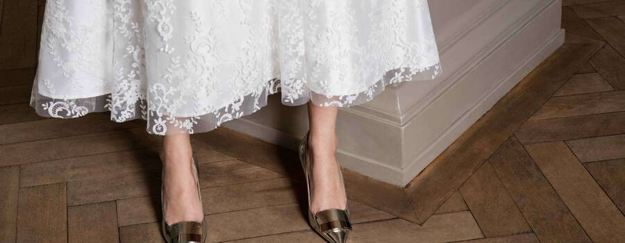 Brautkleid aus St.Galler Stickerei