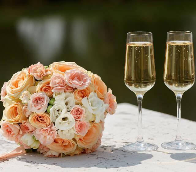 La bebida es un invitado importante el día de tu boda, recibe asesoría personalizada con el programa Bodas y Eventos de la Europea.