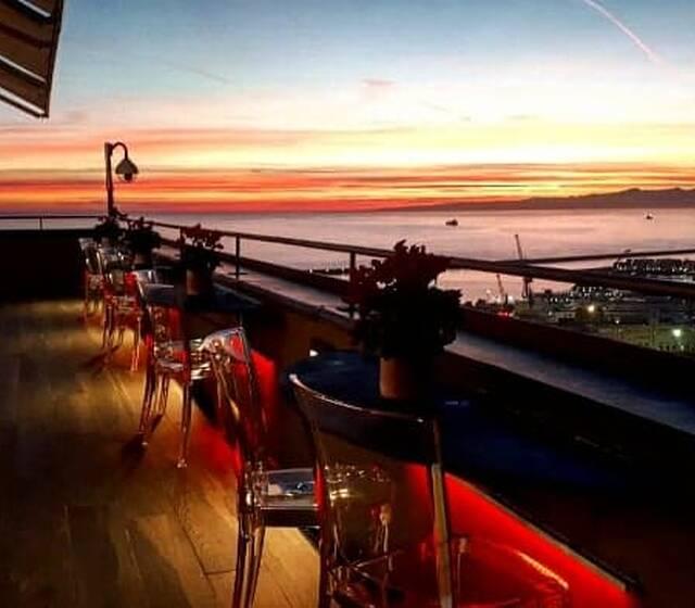 Terrazza Colombo al tramonto