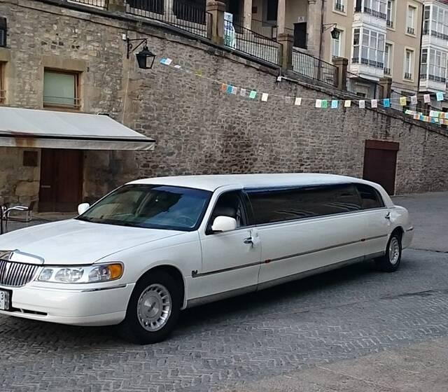 Luxury Limusinas
