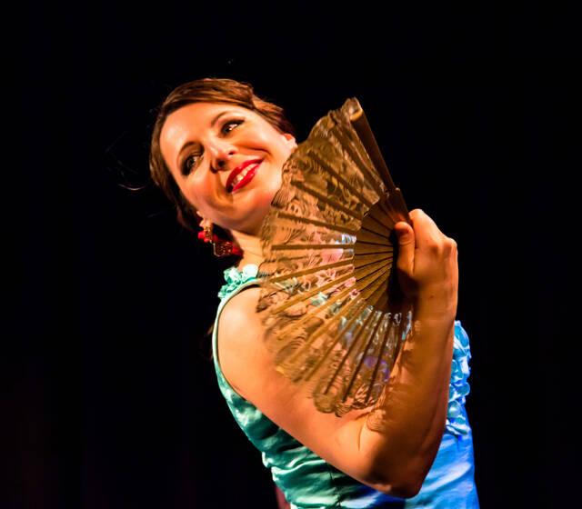 www.flamenco.ch Sina de Alicia Auftritte und Unterricht