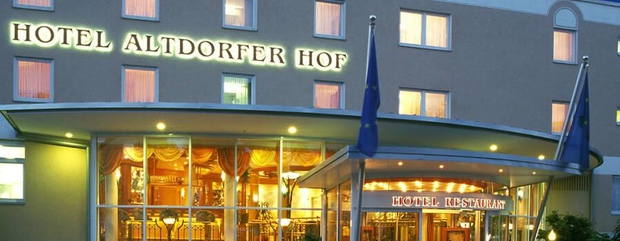 Beispiel: Aussenansicht, Foto: AKZENT Hotel Altdorfer Hof.