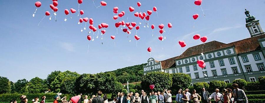 Beispiel: Hochzeitsgesellschaft, Foto: Fürstenfelder.