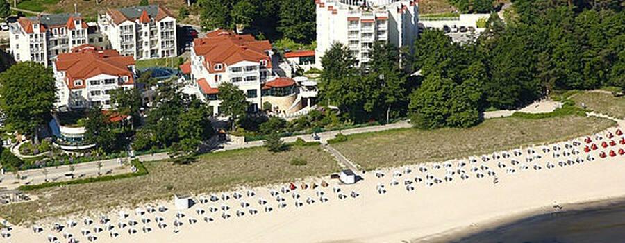 Beispiel: Luftaufnahme vom Hotel, Foto: Travel Charme Strandhotel Bansin.