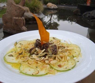 Platillos fuertes y preparados con los mejores ingredientes de la temporada - Foto Banquetes Versalles