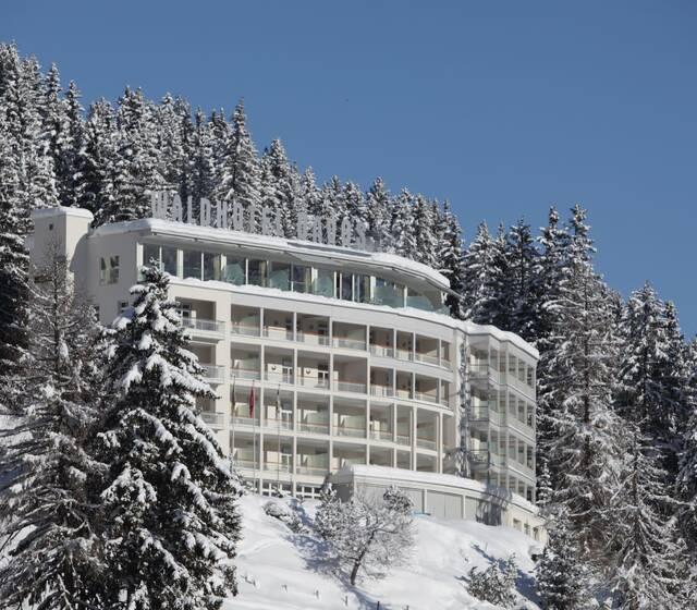 Aussenansicht Waldhotel Davos