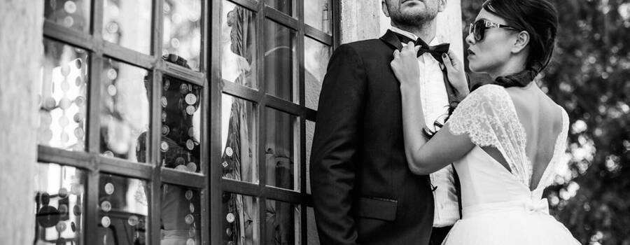 Costume 2 pièces noir type smoking, Chemise col cassé, Nœud Pap' Soie Noire   Réalisation : Sur Mon 31