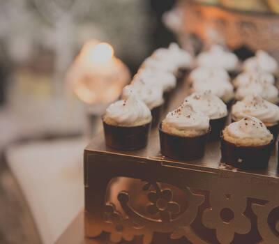 Mesa de dulces peruanos
