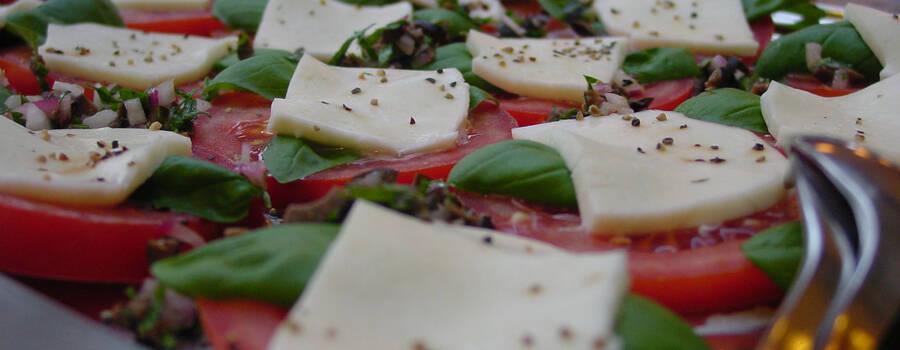 Beispiel: Köstliche Häppchen, Foto: Hochl & Co.