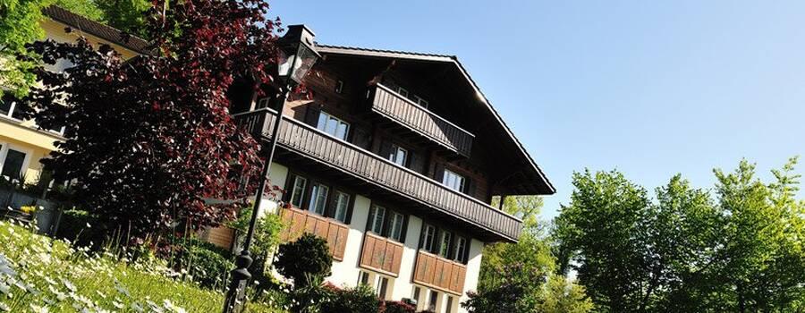 Beispiel: Aussenansicht, Foto: Parkhotel Waldheim am Sarnersee.