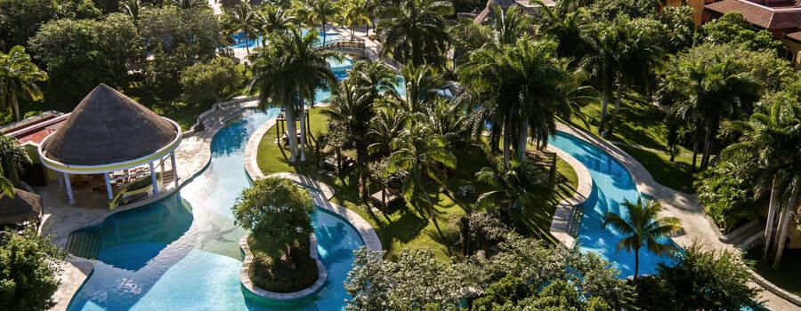 IBEROSTAR Paraíso del Mar es el lugar ideal para el destino de tu boda. Celebra tu día en este lujoso resort con servicios 5 estrellas, magníficas instalaciones y paquetes diseñados para hacer tu evento inolvidable.