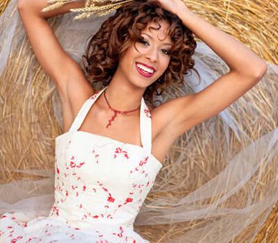 Beispiel: Braut-Make-up, Foto: Alba Make Up.