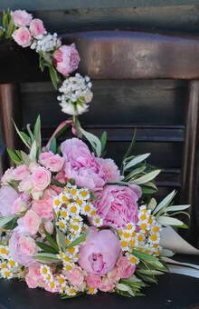Bouquet et Couronne de Mariée ©Louis Dubois
