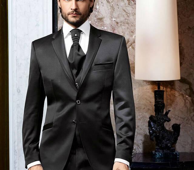 Beispiel: Finden Sie den perfekten Anzug, Foto: Mentel exklusiv.