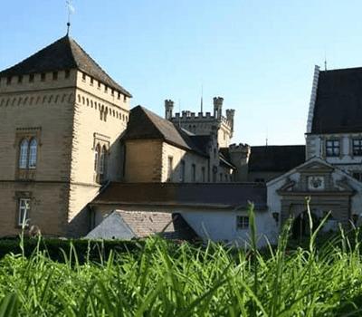 Beispiel: Vorderansicht, Foto: Schloss Weitenburg.