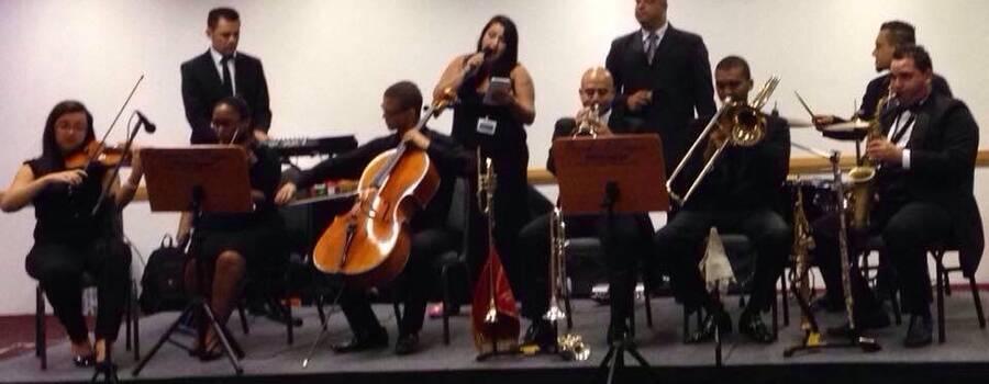 Orquestra Magnos  Apresentação no Hotel Holiday INN