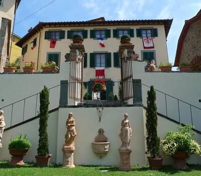 facciata Palazzo Bove.