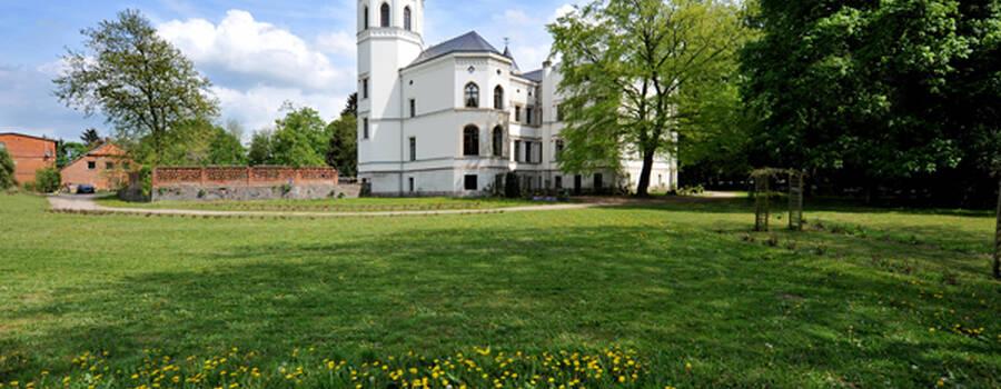 Beispiel: Aussenansicht, Foto: Schloss Bredenfelde.