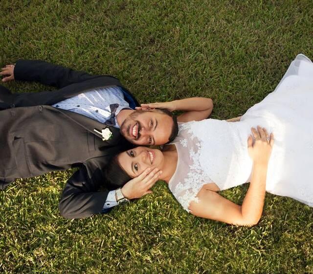 Daniela y Nelson en la recepción de la boda