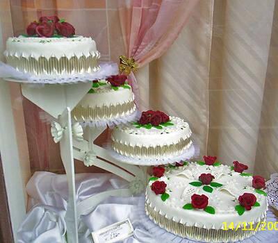 Beispiel: Zur Hochzeit nur das Beste, Foto: Torten Aigner.