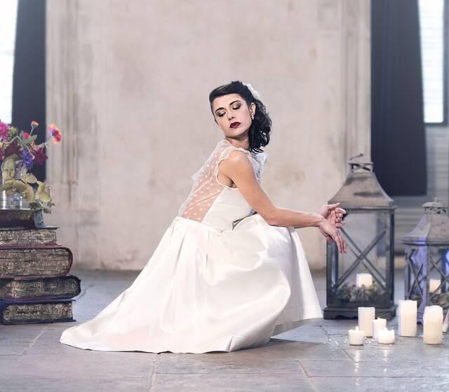 Emmanuelle Gervy Robe de mariée-Grenoble-Lyon-Chambéry-Annecy-Voiron-Romans-Valence