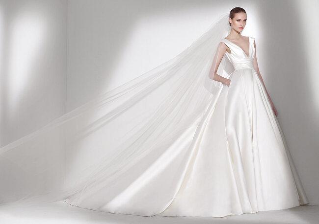 Suknia ślubna w kształcie litery A, Foto: Elie by Elie Saab 2015