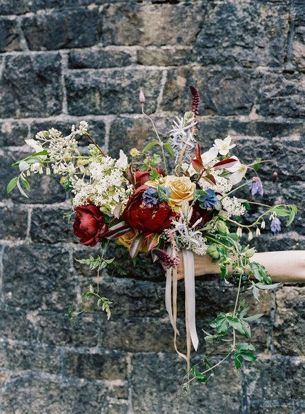 Buquê de noiva com flores silvestres para as noivas mais atrevidas - Ann Kathrin Koch