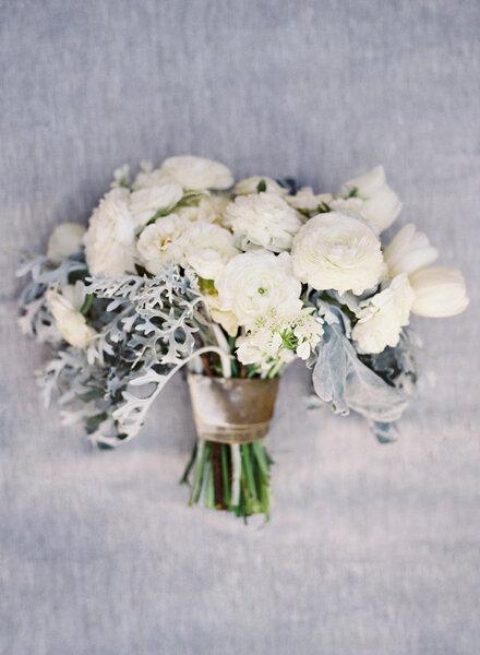 Les plus beaux bouquets de mari e avec des fleurs blanches for Les beaux bouquets de fleurs