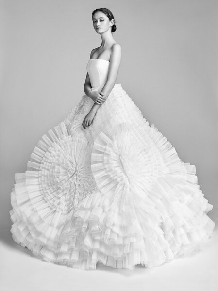 Pleated tulle swirl. Credits_ Viktor and Rolf.