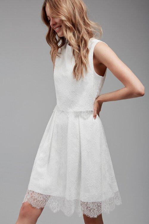 Das individuelle Mix und Match-Brautkleid gibt es jetzt auch mit Spitze!
