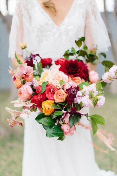 les plus beaux bouquets de mari e pour l 39 automne 2015 trouvez le v tre. Black Bedroom Furniture Sets. Home Design Ideas