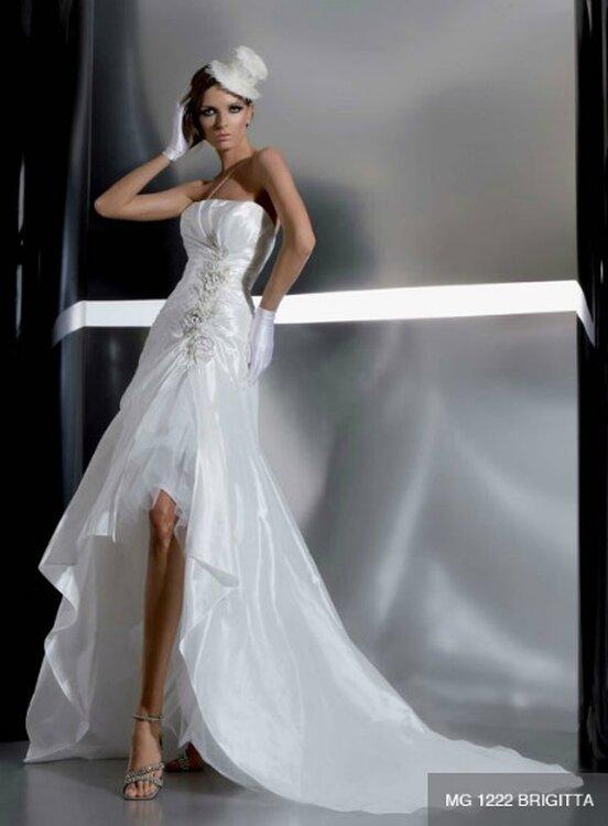 Stilvolle Brautkleider aus der Gritti Spose Kollektion 2012