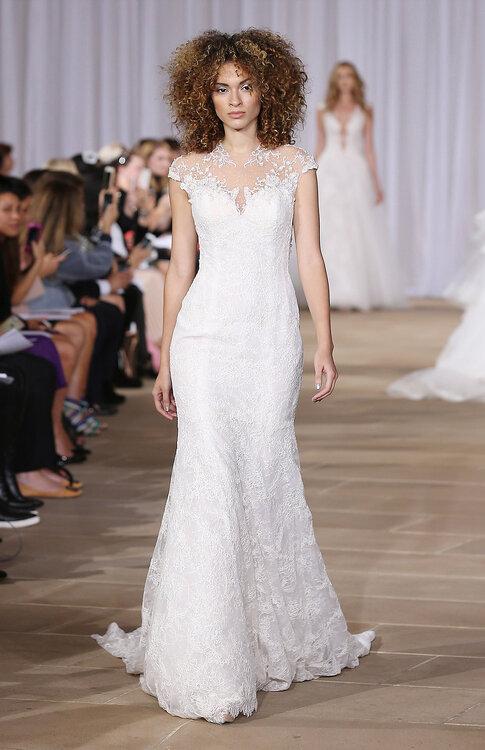 Sehen Sie hier fantastische Brautkleider für kleine Frauen 2017! 40 ...