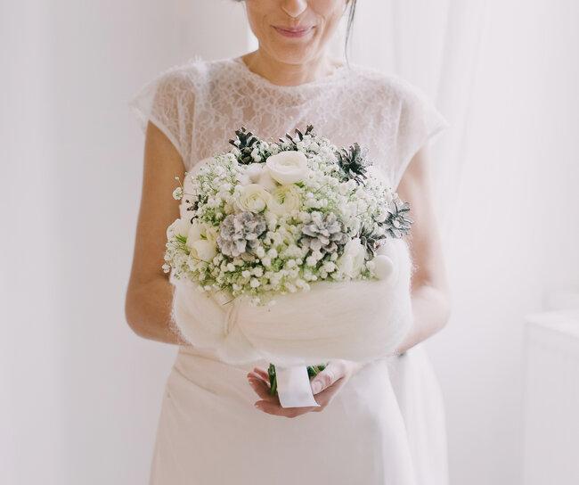 les plus beaux bouquets pour un mariage hivernal. Black Bedroom Furniture Sets. Home Design Ideas