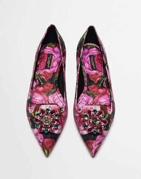 Pantufla bordada estampada con aplicación joya, Dolce & Gabbana.