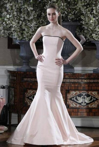 Suknia ślubna Romona Keveza 2013