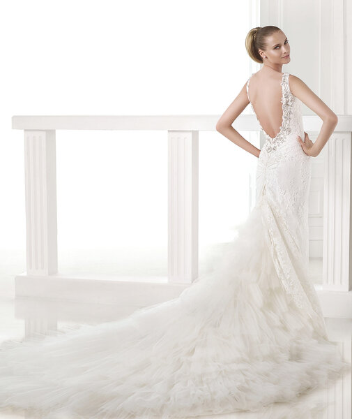 CAMA - Photo: Atelier Pronovias 2015.