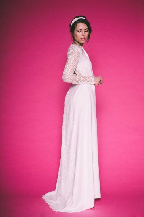 les plus belles robes de mari e manches longues qui vous feront r ver en 2016. Black Bedroom Furniture Sets. Home Design Ideas