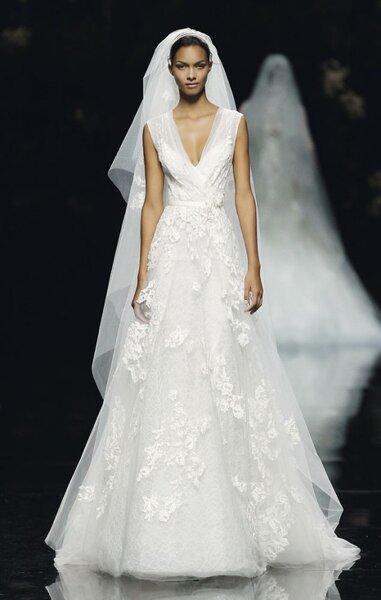 Pronovias Fall 2013 wedding dress